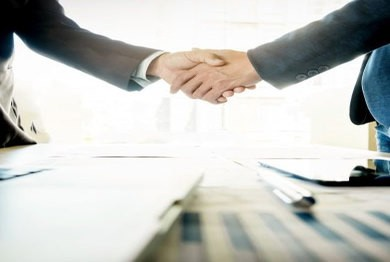 Read more about the article What is the difference between a Businessman and an Entrepreneur?